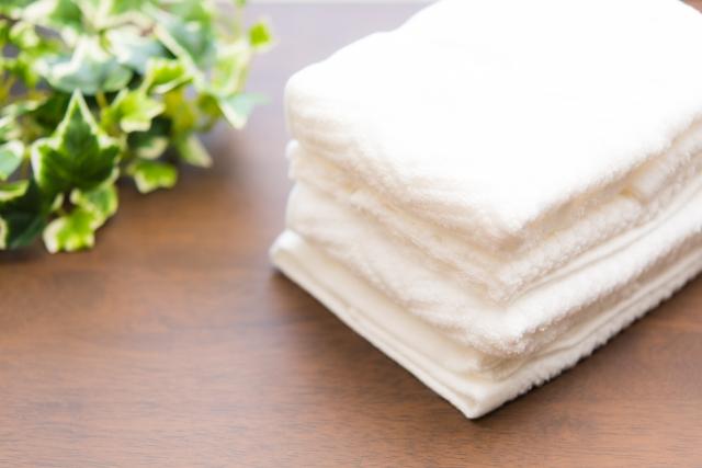 白いタオル 葉っぱ 新品タオル 繊維 糸くず